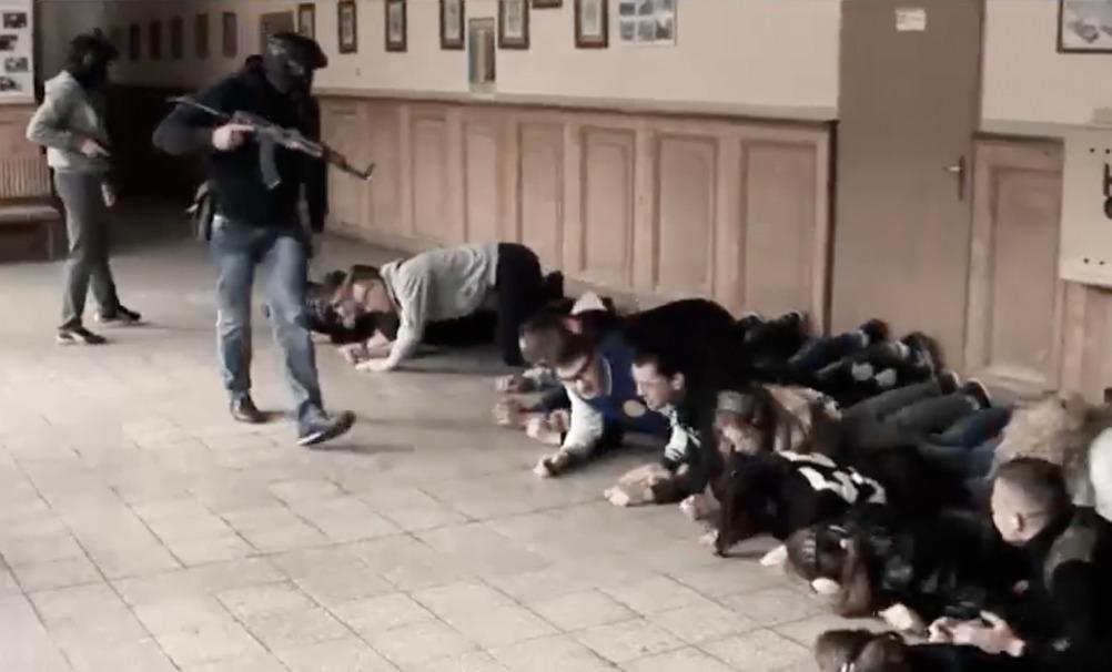 Napad na szkołę