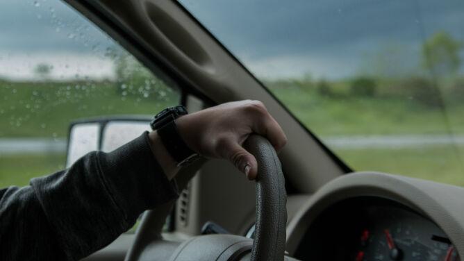 Opady deszczu utrudnią podróżowanie